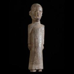 Statuette de Pretre...