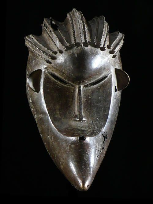 Masque en alliage de metal - Dan / Bassa - Liberia