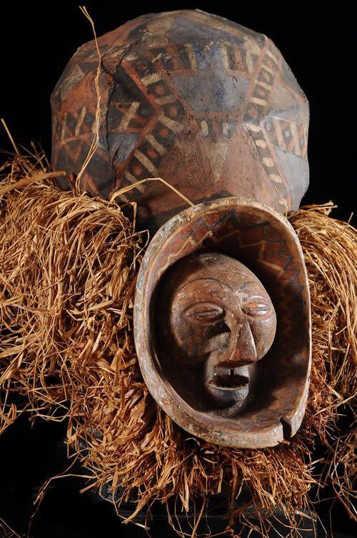 Masque initiatique Mukanda - Yaka / Suku - RDC Zaire