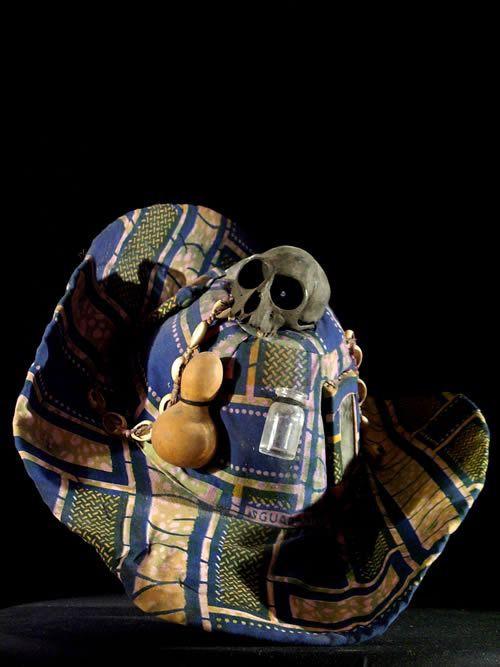 Chapeau fetiche Vaudou - Fon - Curiosa Africa