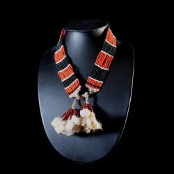 Collier de Perles et Fibres...