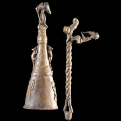 Marteau et gong en bronze -...