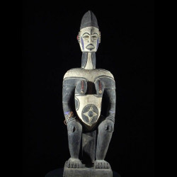 Statue Anjenu - Ethnie...