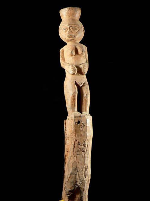 Poteau Hwedo - Fon - Benin - Poteaux protecteurs