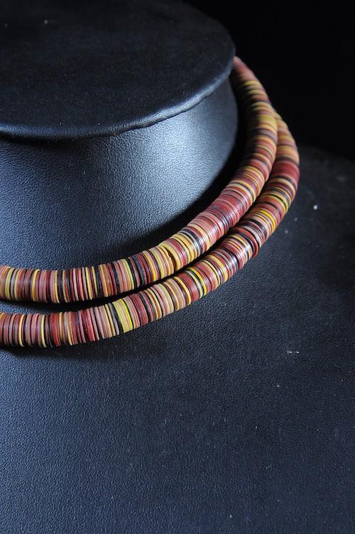 Collier monnaie bakélite - Peuhl Mali - Perles et Monnaies