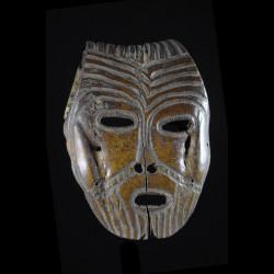 Masque Lukungu en os - Lega...