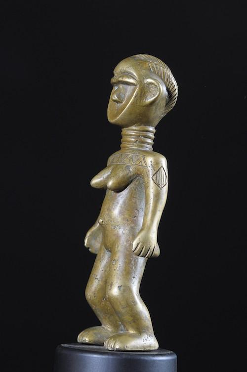 Statue de forgeronne en Bronze - Dan / Toura - Côte d'Ivoire / Liberia