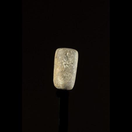 Labret en pierre de quartz...