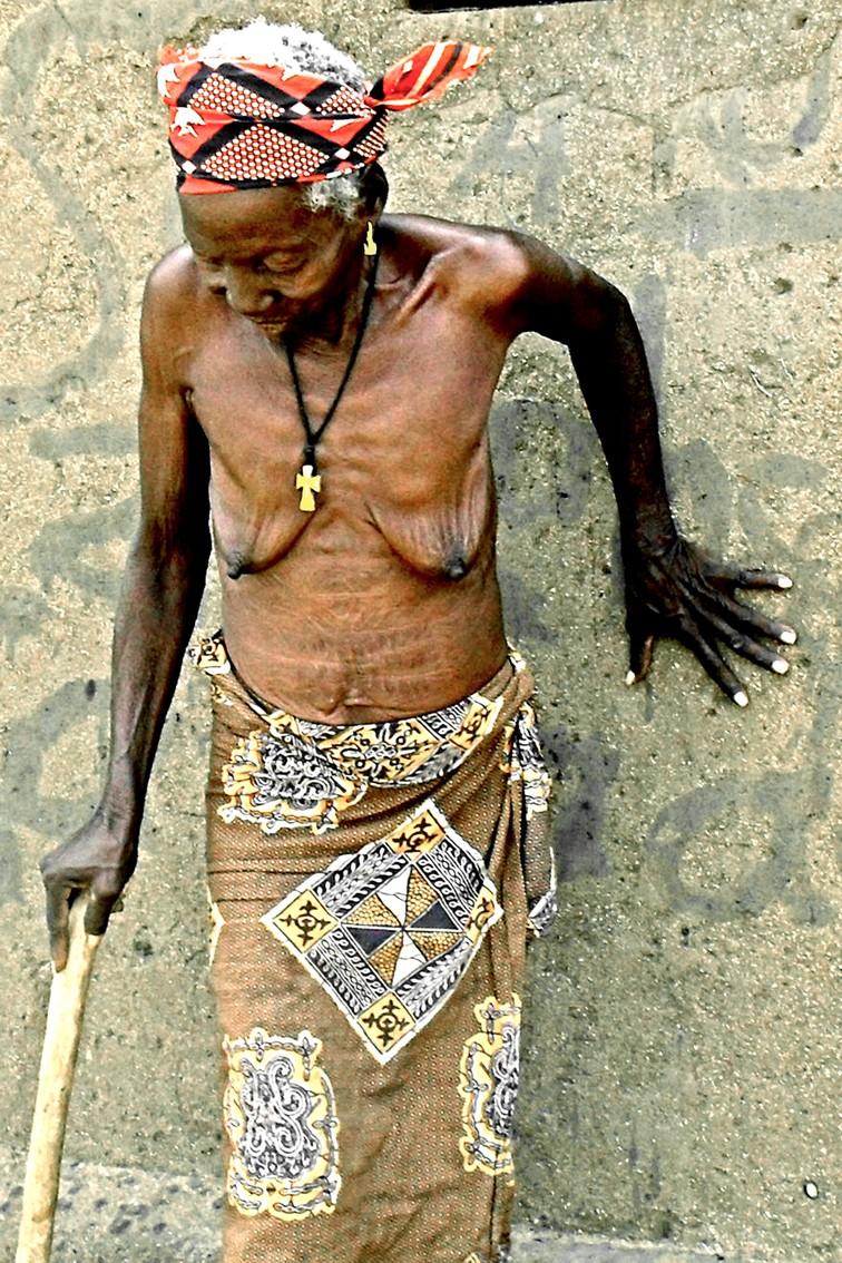Femme de Platodougou Burkina - Atelier Avant Seize - Tirage contemporain