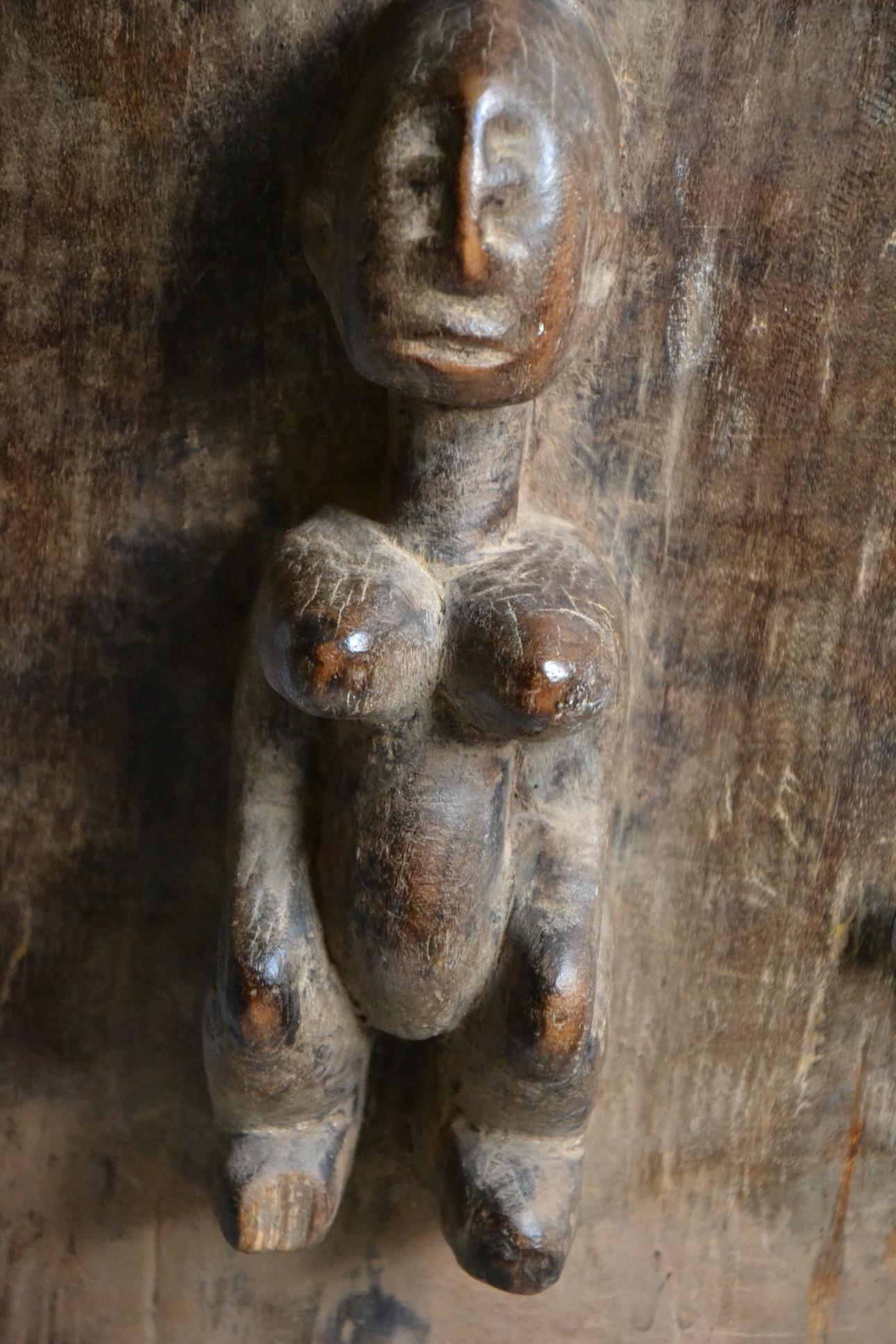 Grand poteau pilier de case Toguna - Dogon - Mali - Pilier Toguna