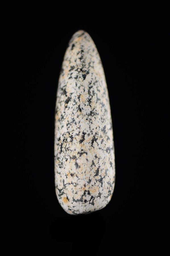 Labret en pierre de quartz - Batammariba - Togo / Bénin