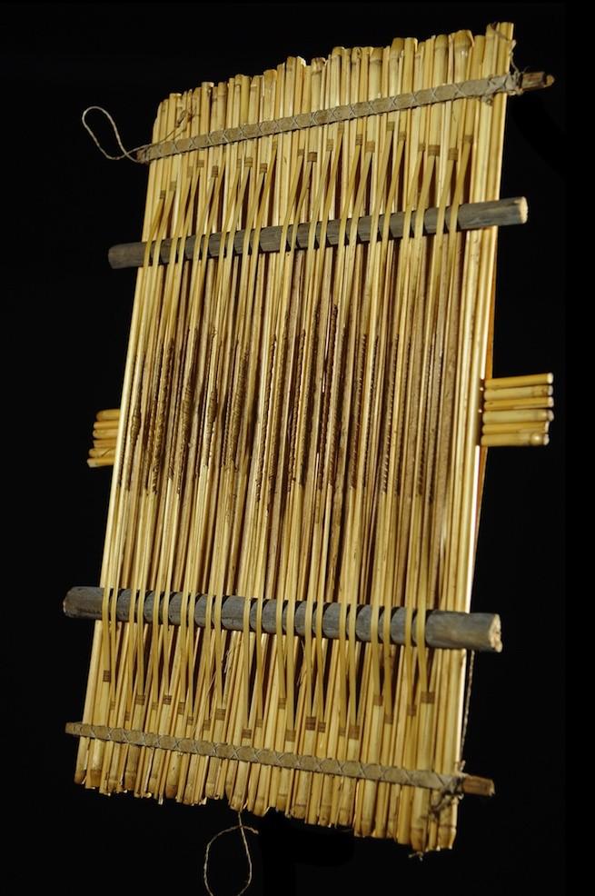 Tianhoun en paille ou Cithare en radeau - Bwa / Bwaba - Cordophones