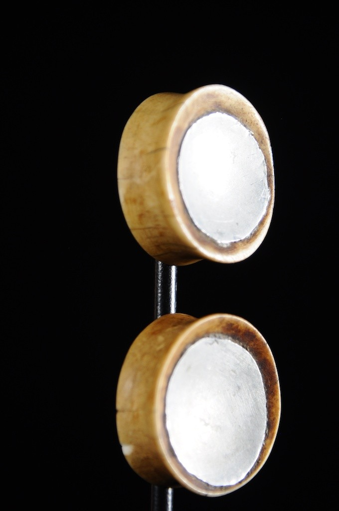 Disques d'oreilles os et aluminium - Massai - Kenya