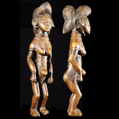 Statuette rituelle feminine...