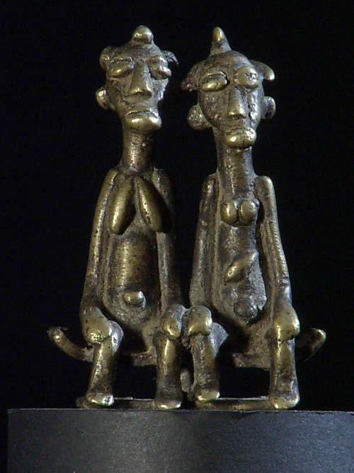 Couple de personnages Baoule - Bronzes africains