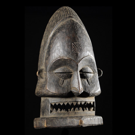 Masque rituel Cihongo -...