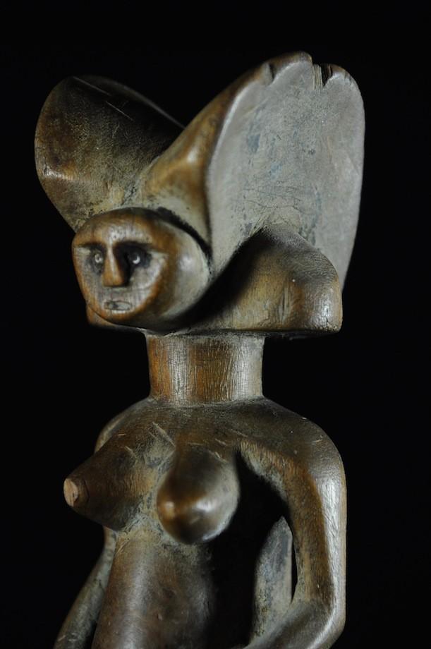 Statue anthropomorphe Mwana Hiti - Kwere - Zaramo - Tanzanie