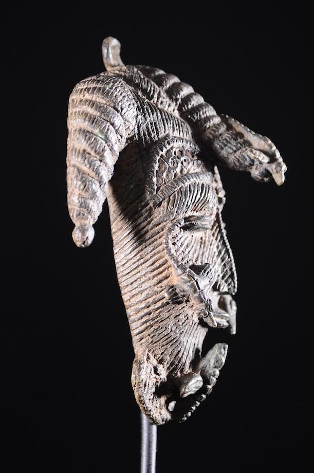 Masque de hanches insigne en bronze - Owo  - Nigeria