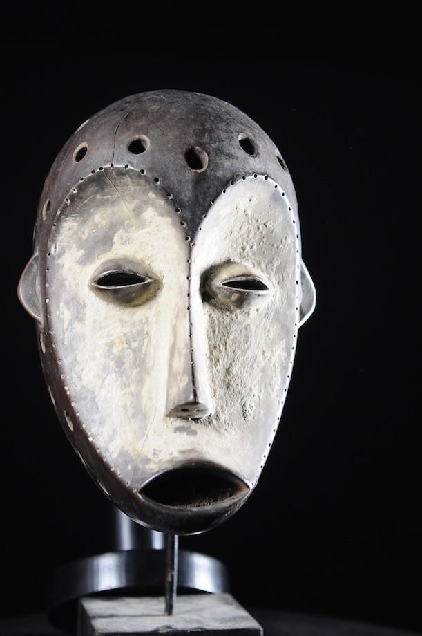 Masque a poignee du Bwami - Lega - RDC Zaire