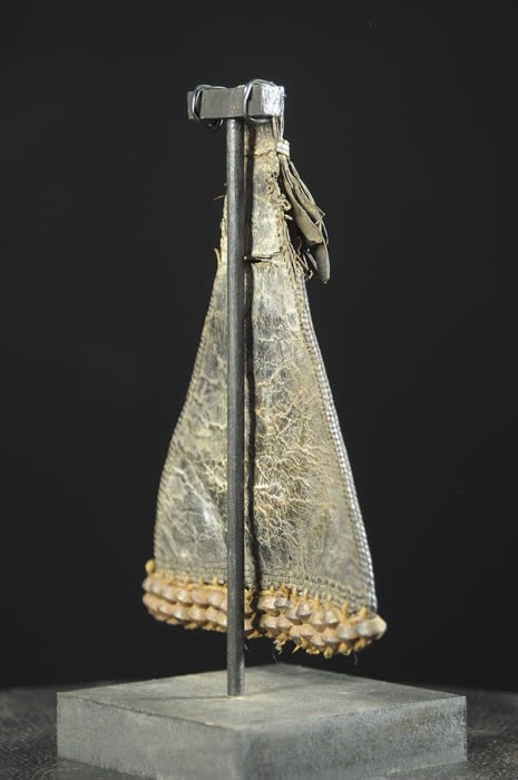 Cache sexe en cuir et perles de verre - Ethnie Kapsiki - Cameroun