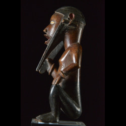 Statue cultuelle Biteki assis - Bembe - RDC Zaire
