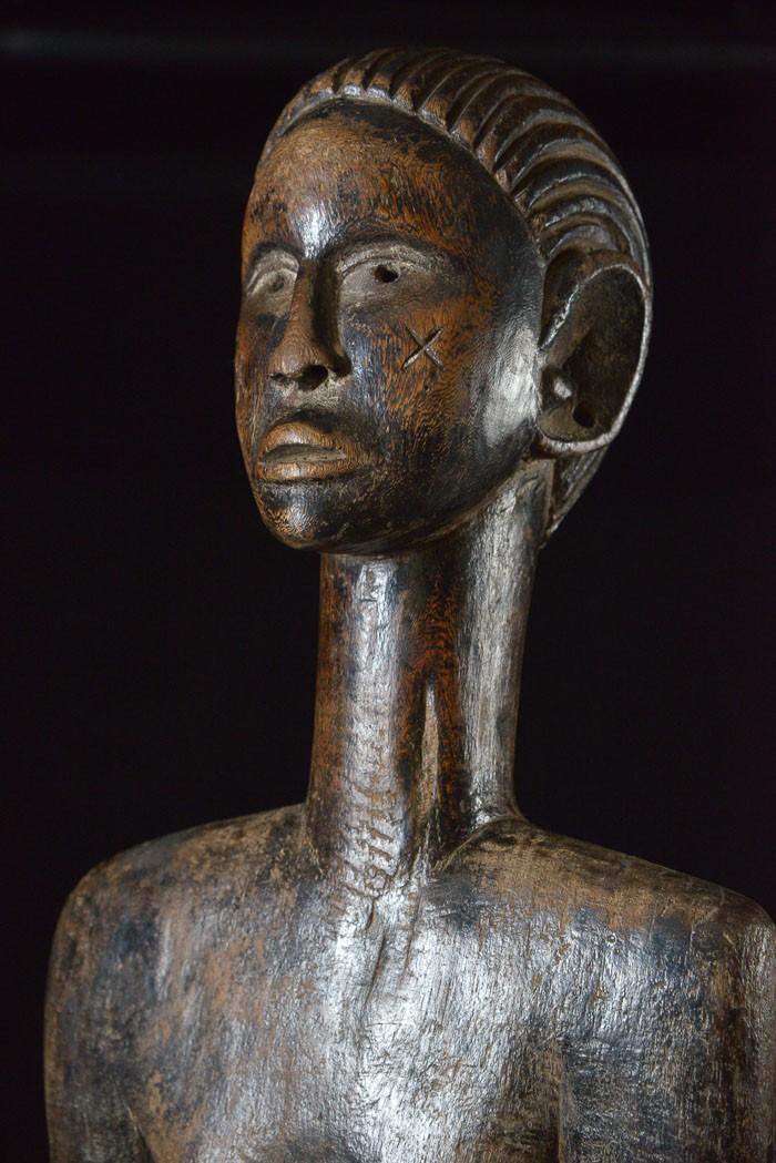Siège anthropomorphe - Luguru - Tanzanie - Afrique Est