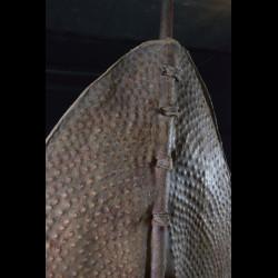 Bouclier en cuir repoussé - Nuer - Doudan du Sud / Ethiopie