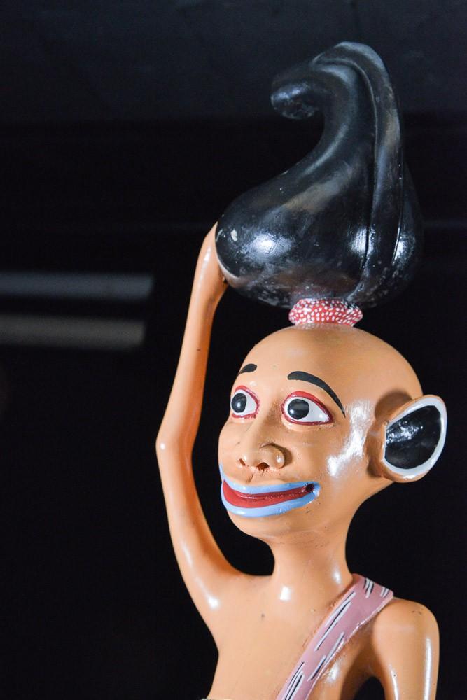 Sculpture Shetani Femme et enfants - Agostino Malaba - Makonde