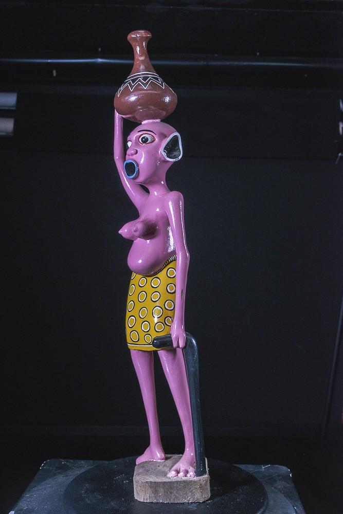 Sculpture Shetani Femme Avec Canne - Agostino Malaba - Makonde