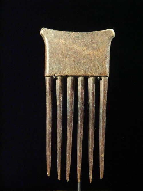 Petit peigne ancien sur socle - ahanti - Ghana
