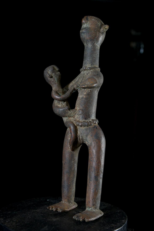 Statuette Maternité en alliage de bronze - Verre / Were - Nigeria Cameroun