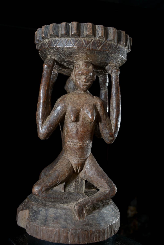 Siege autel Caryatides - Luba - RDC Zaire - Sieges africains
