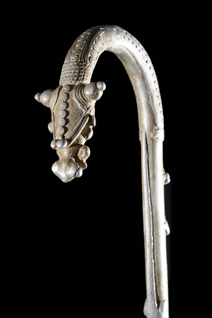 Canne de dignitaire en fonte aluminium - Gan - Objets de regalia