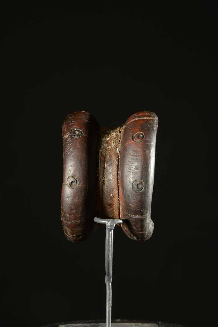 Labret en bois et metal - Dinka / Pokot - Soudan / Ethiopie