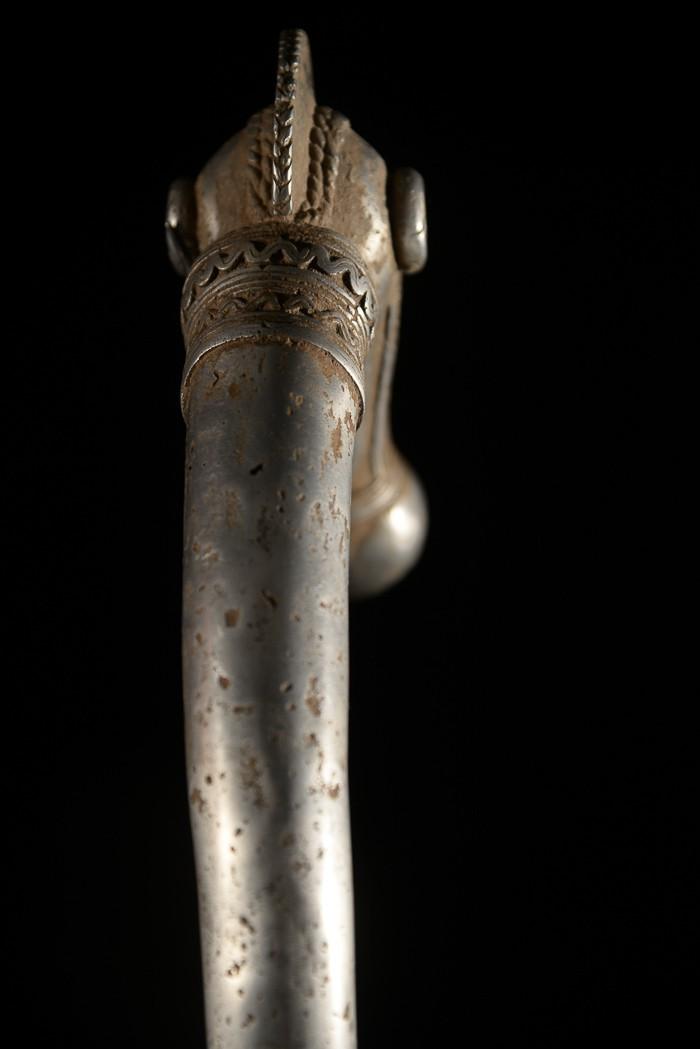 Zandé massue en fonte d'aluminium - Lobi - Burkina Faso - Objets de regalia