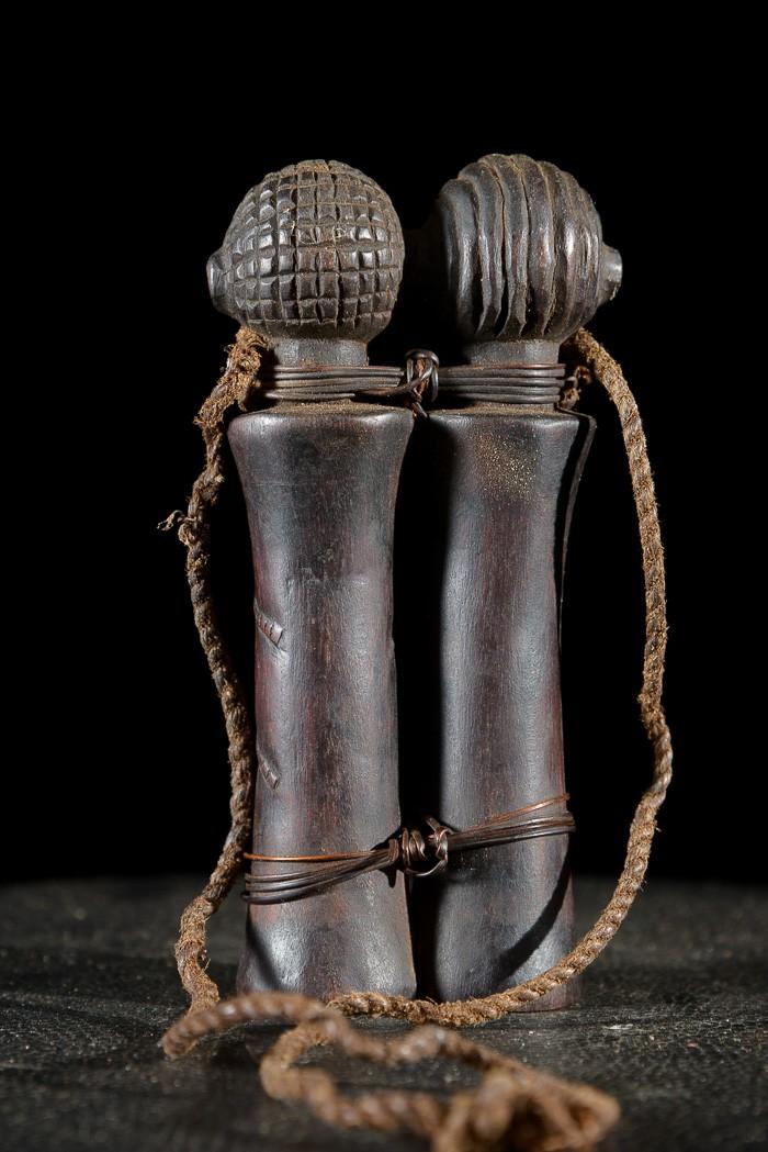 Poupee jumeau rituelle Mpundu - Tabwa - RDC Zaire - Poupees africaines