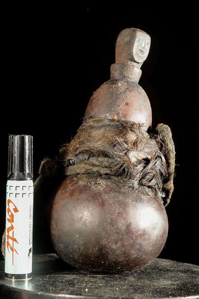 Gourde a substances magiques ou medicinales - Kaguru - Tanzanie