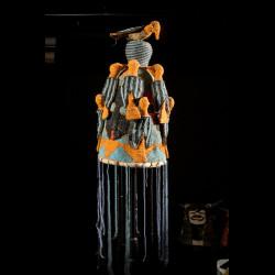 Coiffe Ade ou Adenla avec rideau de perles - Yoruba - Nigeria