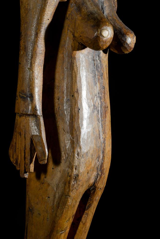 Statue féminine colon Kwere / Zaramo - Tanzanie