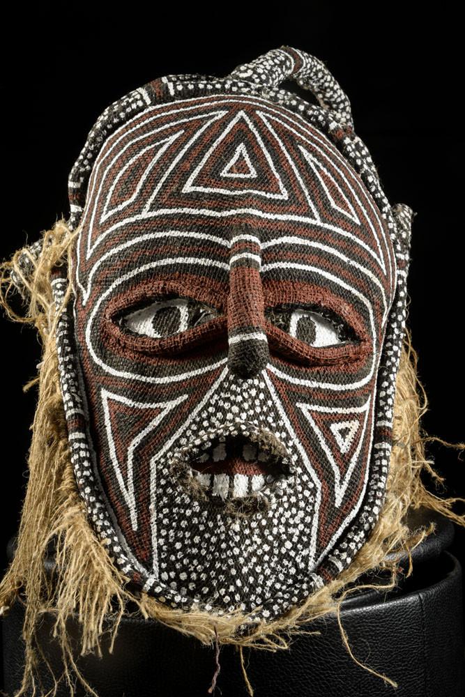 Masque Makishi polychrome - Chokwe / Luvale - Angola / Zambie