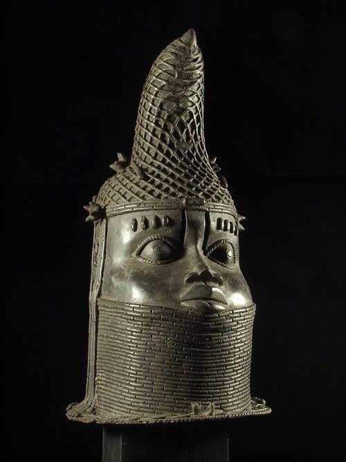 Tete commemorative de reine Bronze Ife - Bini Edo - Benin