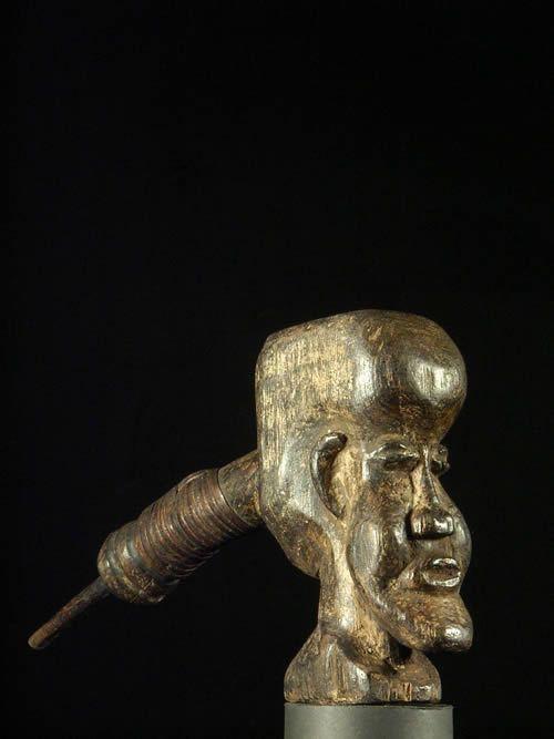 Pipe a tabac bois - Suku - RDC Zaire - Objets usuels