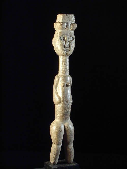 Epouse edjo - Urhobo - Delta du Niger - Statues africaines