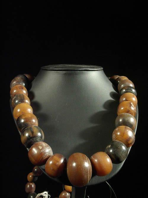 Collier de boules de corne de boeuf - Togo - Bijoux