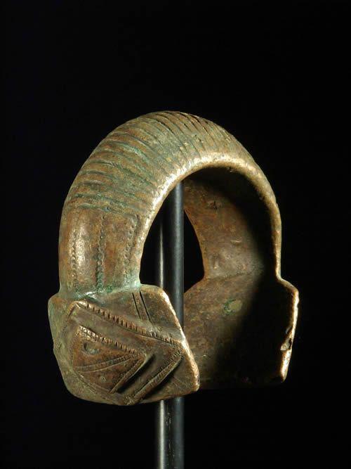Bracelet en cuivre rouge ancien - Djerma - Niger - Monnaie