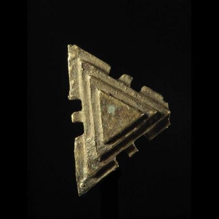 Poids triangulaire pour le...
