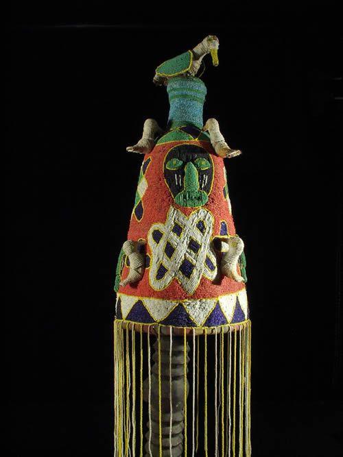 Coiffe Ade ou Adenla royale de ceremonie - Yoruba - Nigeria