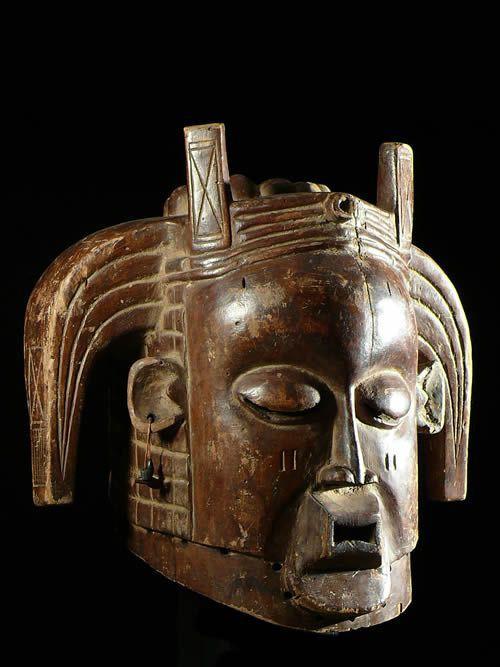 Masque de Circoncision - Mukanda - Holo - RDC Zaire / Angola