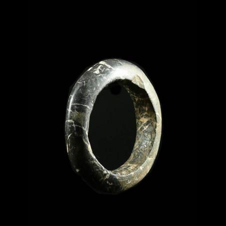 Bracelet en pierre...