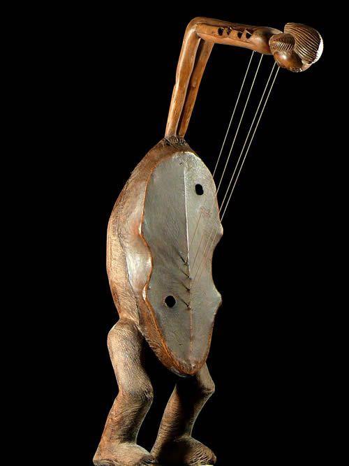 Harpe Arquee - Punu / Pounou - Gabon - Cordophones